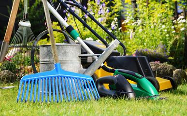 Centrale de location : quel matériel pour aménager son jardin à Langon ?